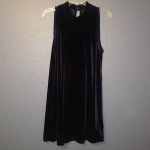 Blue velvet flowy dress